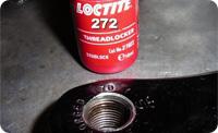Loctite 272. Анаэробный фиксатор-герметик резьбовых соединений, фланцевого крепежа. Высокая прочность.
